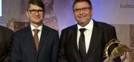 Obec Dechtice získala cenu FÉNIX – Kultúrna pamiatka roka 2015